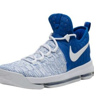 Mens Nike Zoom Kd9 athletic shoes sz 13